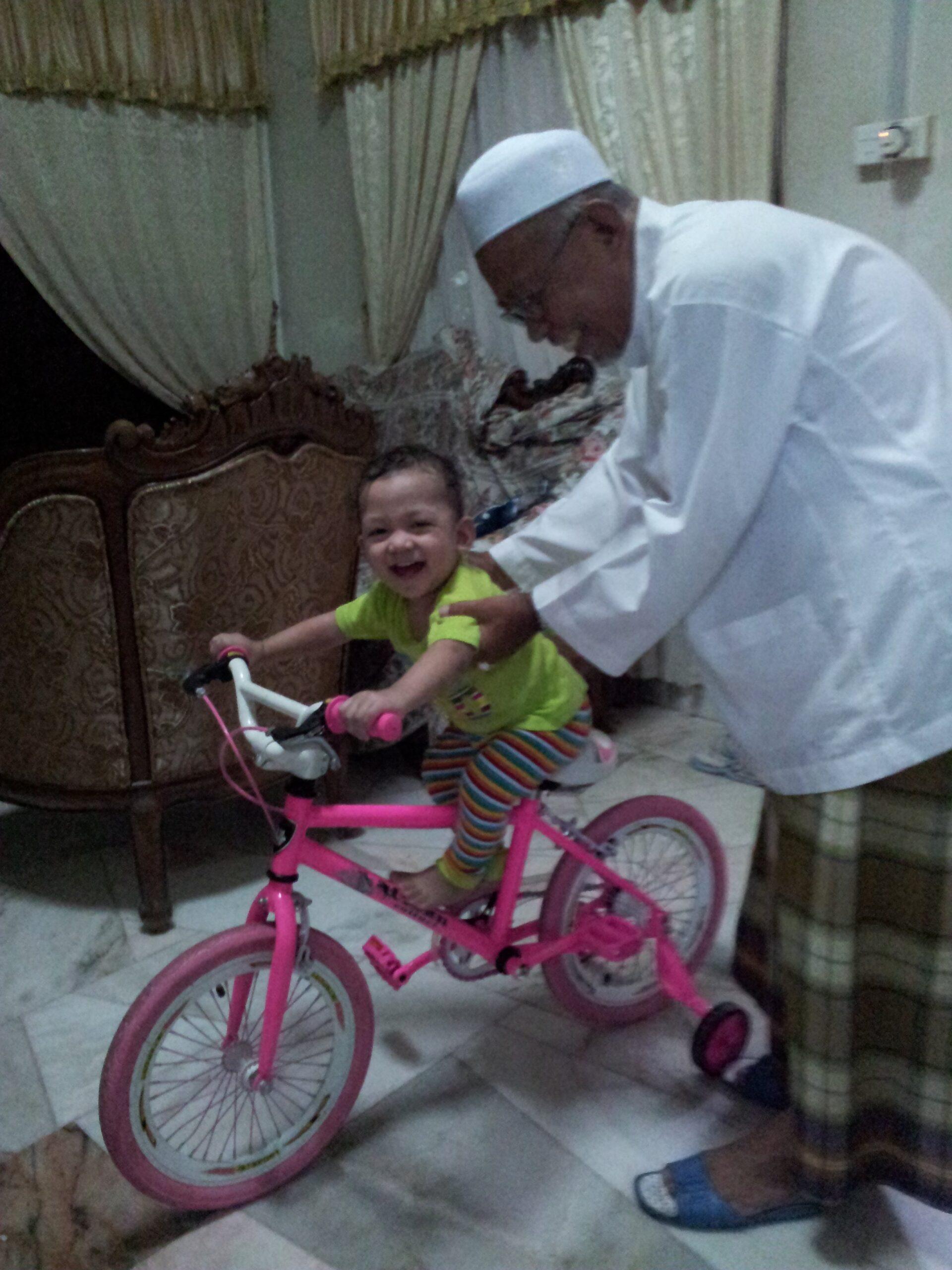 Faiq's first bike ride
